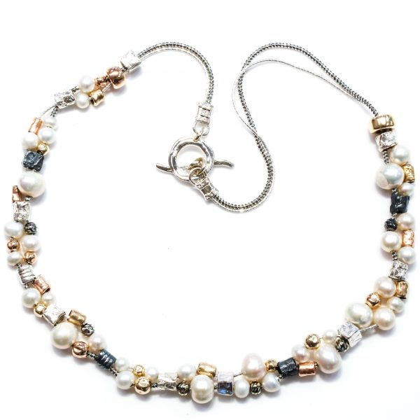 Israeli Necklace with Pearls